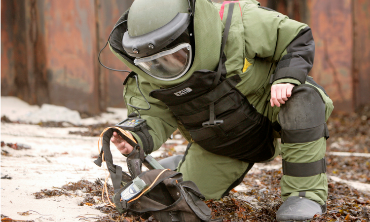 military bomb disposal
